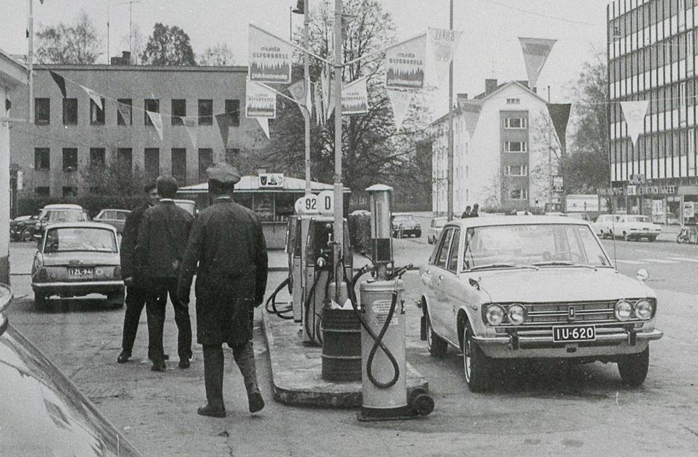 Keskuskadun Shell vuonna 1969. RKM-kokoelmat.